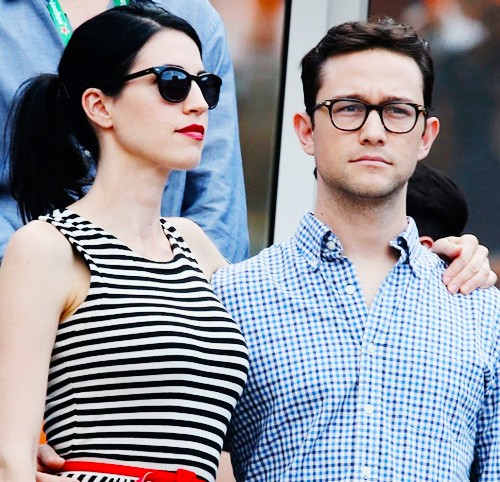 Joseph Gordon-Levitt married to his girlfriend secretly at their house